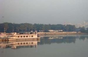 hyd-hussainsagar-yacht-boat nh
