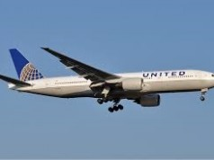 image of unitd airline jet