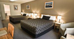 hobart hotel Old Woolstore room image