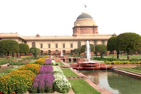 Rashtrapati Bhavan Mughal Gardens,Delhi. Now open to public till March 10